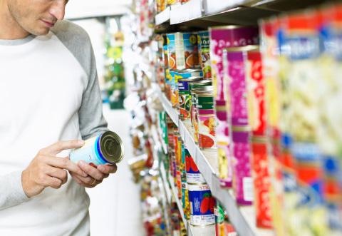 Come i produttori alimentari prendono in giro i consumatori con ingannevoli elenchi di ingredienti