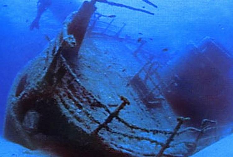 Lo scandalo nascosto in fondo al mare Hanno fatto affondare 90 navi piene di rifiuti nel Mediterraneo
