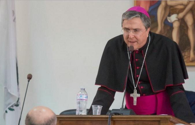 Monsignor Francesco Savino e i poteri forti