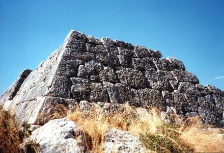 Piramidi Grecia