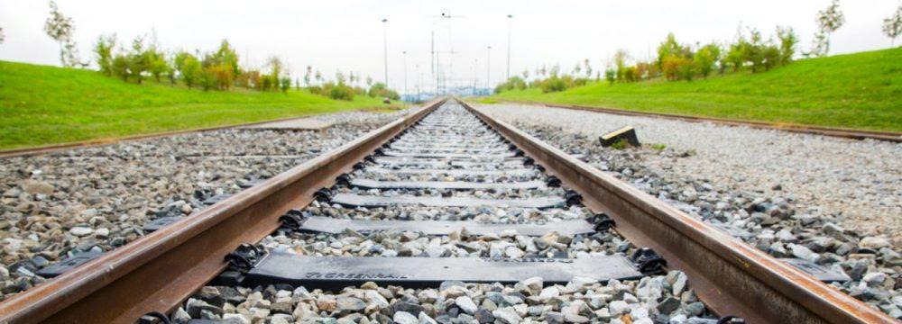Le ferrovie del futuro saranno composte da traversine di pneumatici riciclati prodotte da una startup italiana