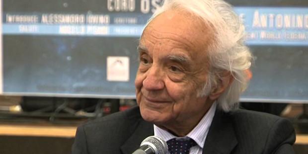 Il fisico Antonino Zichichi l'esistenza della scienza prova che siamo figli di una logica, non del caos