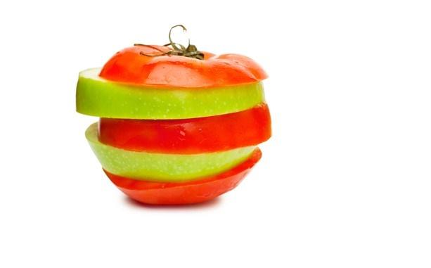 bucce di mele e pomodoro ringiovaniscono i muscoli