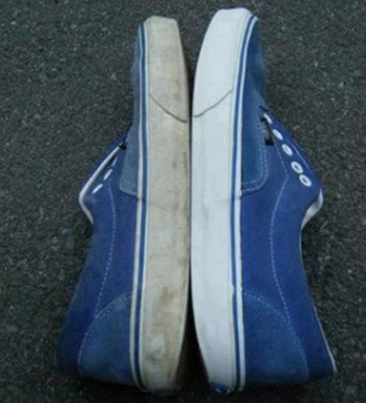 dentifricio pulire le scarpe