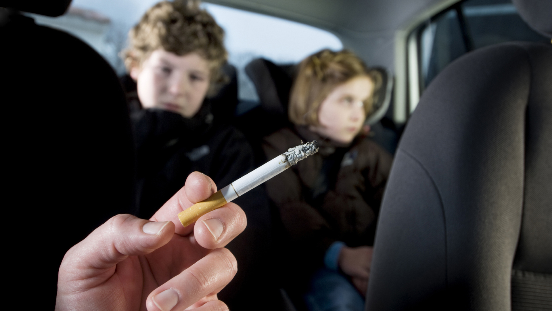 divieto fumo fumare abitacolo 2