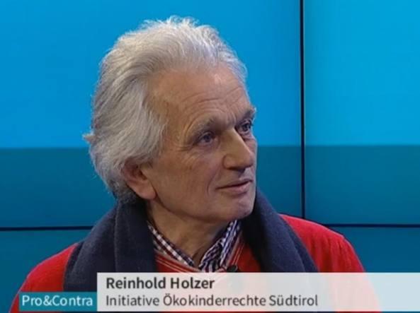 """130 genitori del Trentino chiedono """"asilo"""" all' Austria per sfuggire ai vaccini 2"""