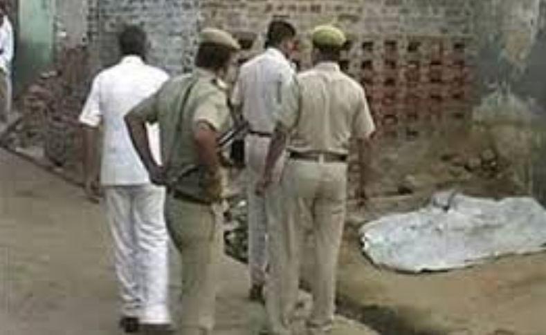 india fidanzati decapitati piazza