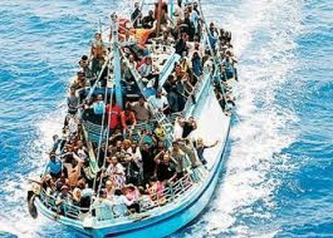 invasione clandestini immigrati profughi