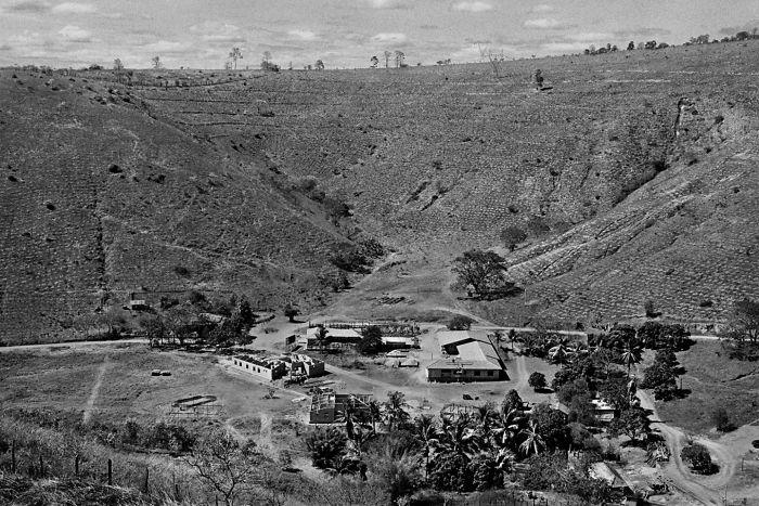 la fattoria Bulcão di Aimorés, nello stato brasiliano di Minas Gerais deserta