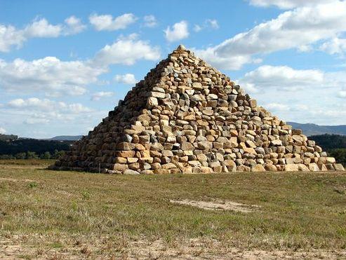 piramidi Australia