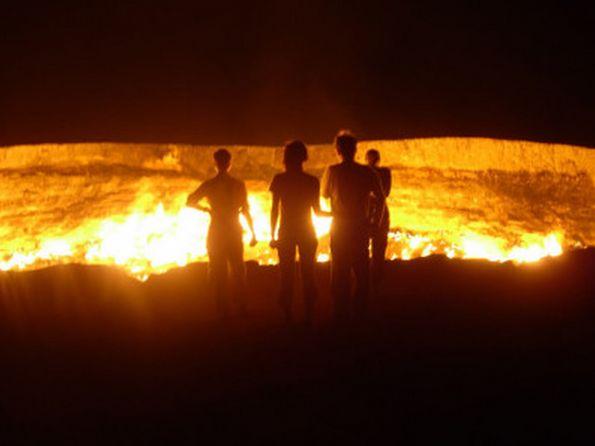 porta per l'inferno cratere