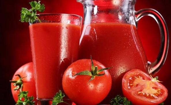 succo di pomodoro osteoporosi