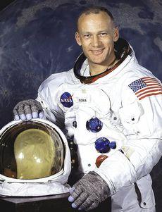 uomo sulla luna Buzz-Aldrin